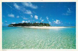 Atoll Island, Maldives Postcard Used Posted To UK 2000s Nice Stamp - Maldives