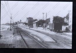 VAPOR EN NEGRO - Estaciones Sin Trenes