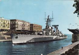 NAVE DA GUERRA Al Ponte Girevole Di Taranto  /   Viaggiata - Guerra