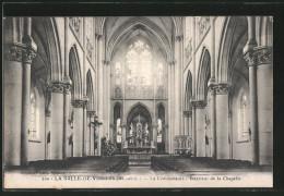 CPA La Salle-de-Vihiers, La Communauté, Intérieur De La Chapelle - France