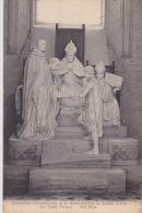 NOYON   LA CATHEDRALE Monument Commemoratif De La Rehabilitation De Jeanne D'arc - Noyon