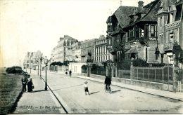 N°36404 -cpa Dieppe -la Rue Aguado- - Dieppe