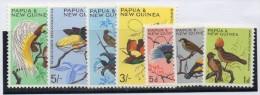 Serie 62/72 Incompleta De Papua Nueva Guinea - Birds