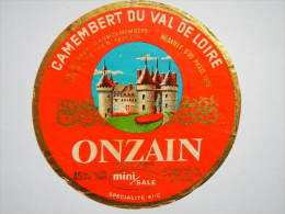 A-41040b - étiquette De Fromage CAMEMBERT DU VAL DE LOIRE - Fabriqué à Onzain - Loir Et Cher 41C - Fromage