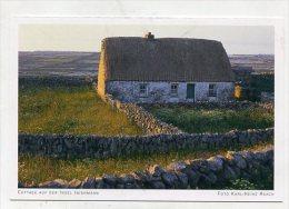 IRELAND - AK 190588 Cottage Auf Der Insel Inishmaan - Galway