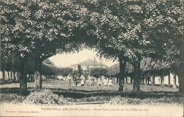 CPA 55 VARENNES EN ARGONNE PLACE VERTE PLANTEE PAR ALLIES 1915 ANIMATION - Non Classificati