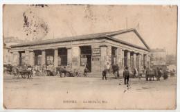 Issoire, La Halle Au Blé, 1907, Belle Animation, Pub. Chronomètres Lip, Byrrh, Mauvais état - Issoire