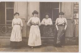 CARTE PHOTO : DES FEMMES DISTINGUEES POSENT - PROCEDE GUILLEMINOT - 2 SCANS - - Fotografia