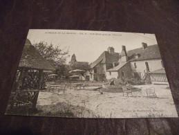 A78.CPA..14...CALVADOS... Auberge De La Marine..Tel,11- Touques Près De Trouville...rare Beau Plan Animé .. Non Ecrite - Trouville