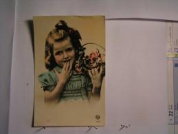 Enfant - Petite Fille - Abbildungen