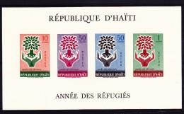 HAITI- BLOCFEUILLET N° 13 NEUF XX -ANNEE DES REFUGIES  - COTE :: 18,50  € - Haiti