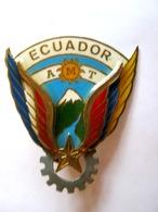 RARE ANCIEN INSIGNE ARMEE DE L�AIR DETACHEMENT ALAT AMT OPEX EQUATEUR ECUADOR NUMEROTE (fab locale)  ETAT EXCELLENT