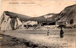 BERNEVAL SUR MER La Falaise Et Les Cabines - Berneval