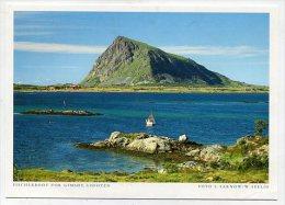 NORWAY - AK 190917 Lofoten - Fischerboot Vor Gimsoy - Norvegia
