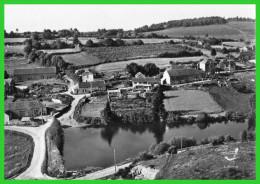 -EN AVION AU -DESSUS DE..GIEN-sur-CURE-(Nièvre) Le Village Du Haut (recto Verso) - Sonstige Gemeinden