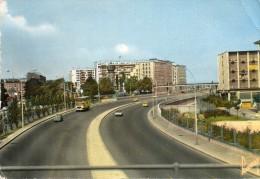 CPSM  -  PARIS  -  Boulevard  Périphérique -  Avenue Dr Lannel  -  ( Voitures Anciennes Et énorme Bouchon ....)  1964 - Non Classés