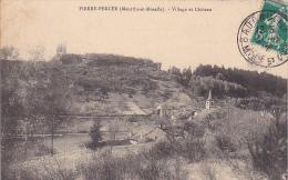 23265 Pierre Percée Village Et Chateau - Ed Thomas Celles Aux Plaines -