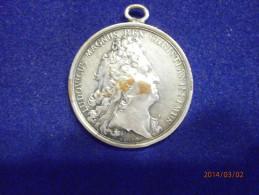 Medaille  Du Graveur MAUGER - Monarquía / Nobleza