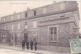 23303 SAINT OUEN Illustré - La Maison Des Vieillards,  Ed Sudan StO -cliché Leroy -militaires , Gendarme ? - Saint Ouen