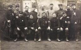 CARTE PHOTO : CAMP DE PRISONNIER MILITAIRES + NOMS AU DOS MUNSTER KRIEGGEFANGENEN LAGER GUERRE - Guerre 1914-18