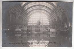 INONDATIONS DE PARIS Janvier 1910 ( CRUES DE LA SEINE )  Le Hall De La Gare D'ORSAY ( Locomotives Recouvertes Par L'eau - Alluvioni Del 1910