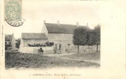 JAIGNES . ENTREE DU PAYS - France