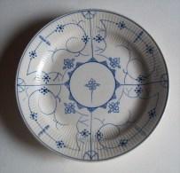 Opaque -  Plat Piedouche - Schaaltje Met Voet - Dish On Foot - AS 2153 - Sarreguemines (FRA)