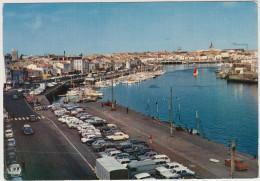 Les Sables D´Olonne: PEUGEOT 404,403, CITROËN TUBE HY,DS & DS BREAK, SIMCA 1000,1100 Etc. -  Port & Quai Guiné- France - Passenger Cars