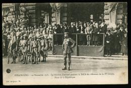 A2606) Strasbourg Postcard 22.11.1918 Le General Gouraud Place De La Republique / Unused - Strasbourg