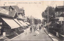 Cpa La Baule, Avenue De La Gare, Vue De La Plage, Librairie Et Bazar - La Baule-Escoublac