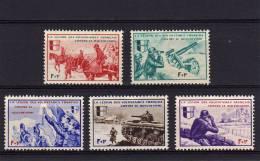 L.V.F. N° 6 à 10** Série Borodino TB - Kriegsausgaben