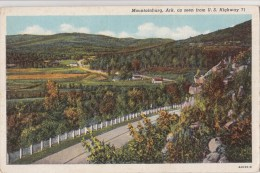 BT17014 Mountainburg Ark As Seen From US Highway   USA Scan Front/back Image - Etats-Unis