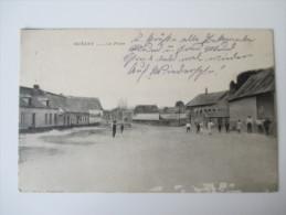 AK / Bildpostkarte 1915 Cambrai Queant La Place Dorfplatz Mit Menschen 111. Inf. Div. - Cambrai