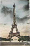 Paris  -  La Tour Eiffel  -  1952 - Eiffelturm