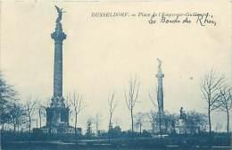 DUSSELDORF - Place De L'Empereur-Guillaume - Duesseldorf
