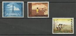 SOMALIA .  - 1971 Revolution Annivrsary Set Of 3 MNH **  SG 535-7  Sc 380-2 - Somalia (1960-...)