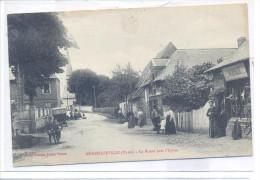 27 MENESQUEVILLE La Route Près L'église 1934 - Frankreich