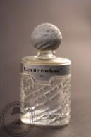 Vintage Miniature Collectable Perfume Bottle - Eau De Rochas - Empty - Miniaturas (frascos Vacios)