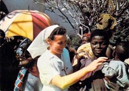 Afrique TCHAD  Le Femme Africaine Attend Elle Aussi La Bonne Nouvelle..38 Religieuses Pour 600 000 Habitants (Religion) - Chad