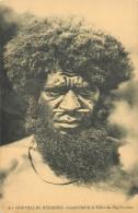 Réf : A14 -1155  :  Nouvelles Hébrides Grand-Chef De La Tribu Des Big Nambas - Postcards