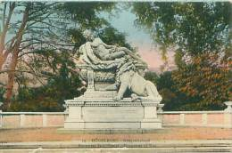 DÜSSELDORF - Kriegerdenkmal - Duesseldorf