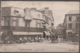 14----VILLIERS SUR MER--Rue De La Mer--attelage--Bazar Universel--animé - Villers Sur Mer