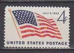 H1364- ETATS UNIS UNITED STATES Yv N°671 ** DRAPEAU - Stati Uniti