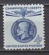 H1377 - ETATS UNIS UNITED STATES Yv N°681 ** - Stati Uniti
