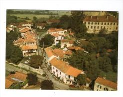 Cp ,restaurant , L´Auberge Du Village , à SAINT-MONT , Gers , M. Terré , Ed : Aérovue Diffusion , écrite - Restaurants