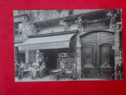 PARIS 133 Rue Saint ANTOINE CAFE Animé - Arrondissement: 04