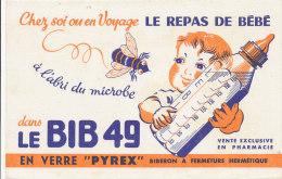 BU 824 A / BUVARD - LE REPAS DE BEBE  LE BIB 49  EN VERRE PYREX  BIBERON A FERMETURE HERMETIQUE - Bambini