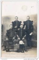 Belle Carte Photo Officiers Du 25e Régiment Classe 07 Et 10-musicien  Lyre Sur Manche-képis épées Aux Pieds - Guerre, Militaire