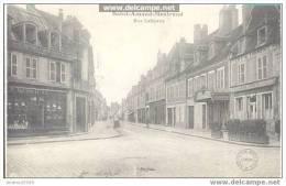 SAINT-AMAND-MONTROND - Rue Lafayette - Saint-Amand-Montrond