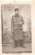 CARTE PHOTO PORTRAIT SOLDAT POILU 10 RI INFANTERIE ?? KEPI CAPOTE 1915 GRANDE GUERRE